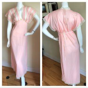 Vintage Intimates & Sleepwear - Vintage 1950s negligee dress
